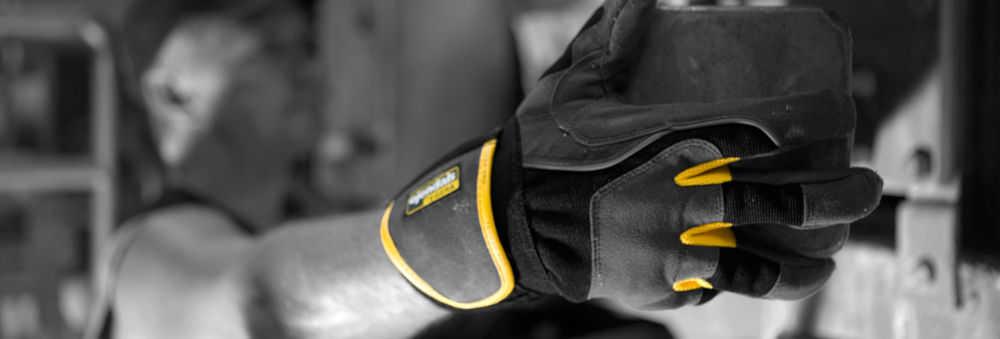 Handverletzungen-mit-Arbeitshandschuhen-vermeiden